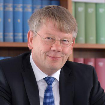 Ansgar Krimphoff ist Steuerberater und Wirtschaftsprüfer bei der TKK Treuhand in Warendorf